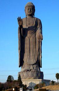 statue-ushiku-daibutsu