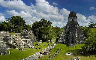 Sitio Maya de Tikal