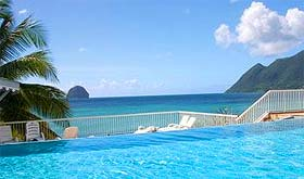 Piscine de l'hotel Diamant Beach