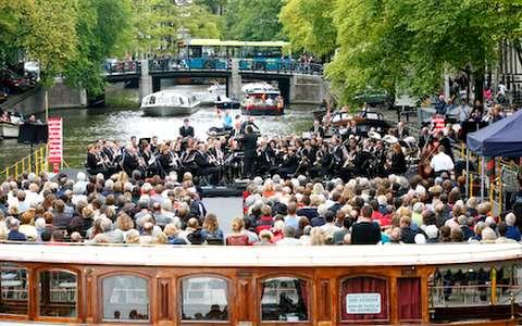 Le Grachtenfestival sur les canaux d'Amsterdam