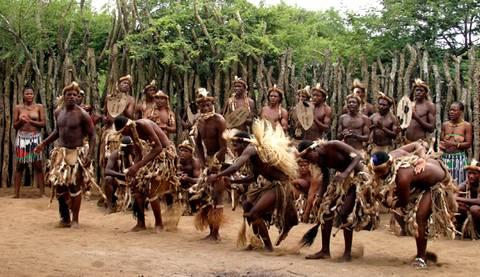 http://www.americas-fr.com/tourisme/wp-content/uploads/2010/06/zoulous.jpg